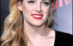 Riley Keough High Definition Wallpapers