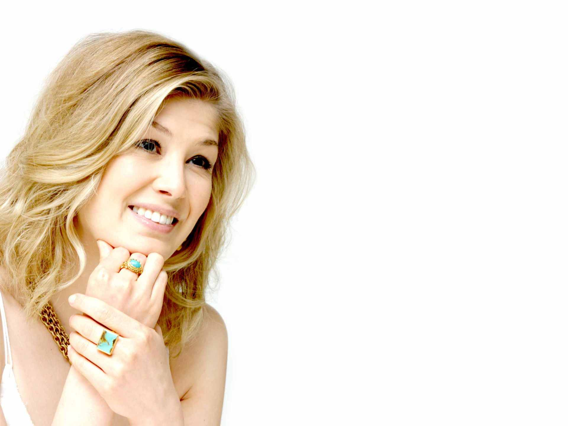 On August 22 2015 By Admin Comments Off Rosamund Pike Wallpapers