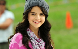 Selena Gomez High Definition