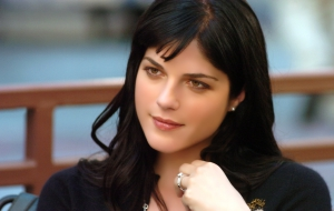 Selma Blair HD Wallpaper