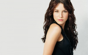 Sophia Bush Wallpapers HD