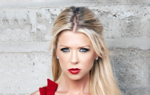 Tara Reid High Definition Wallpapers