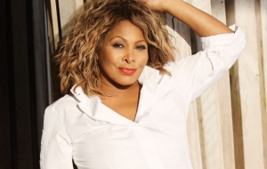 Tina Turner HD Desktop