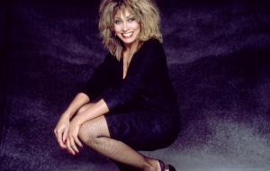 Tina Turner Widescreen