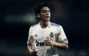 Mesut Ozil Photos