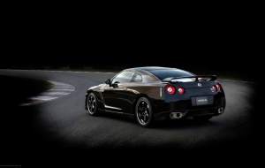 Nissan GT R Pictures