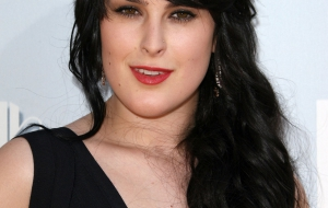 Rumer Willis Background