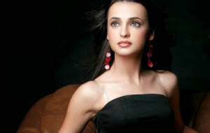 Sanaya Irani Photos