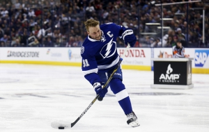 Steven Stamkos Background