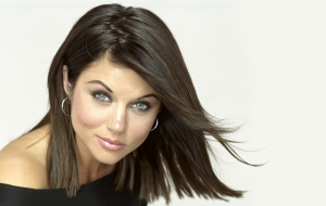 Tiffani Thiessen High Quality Wallpapers