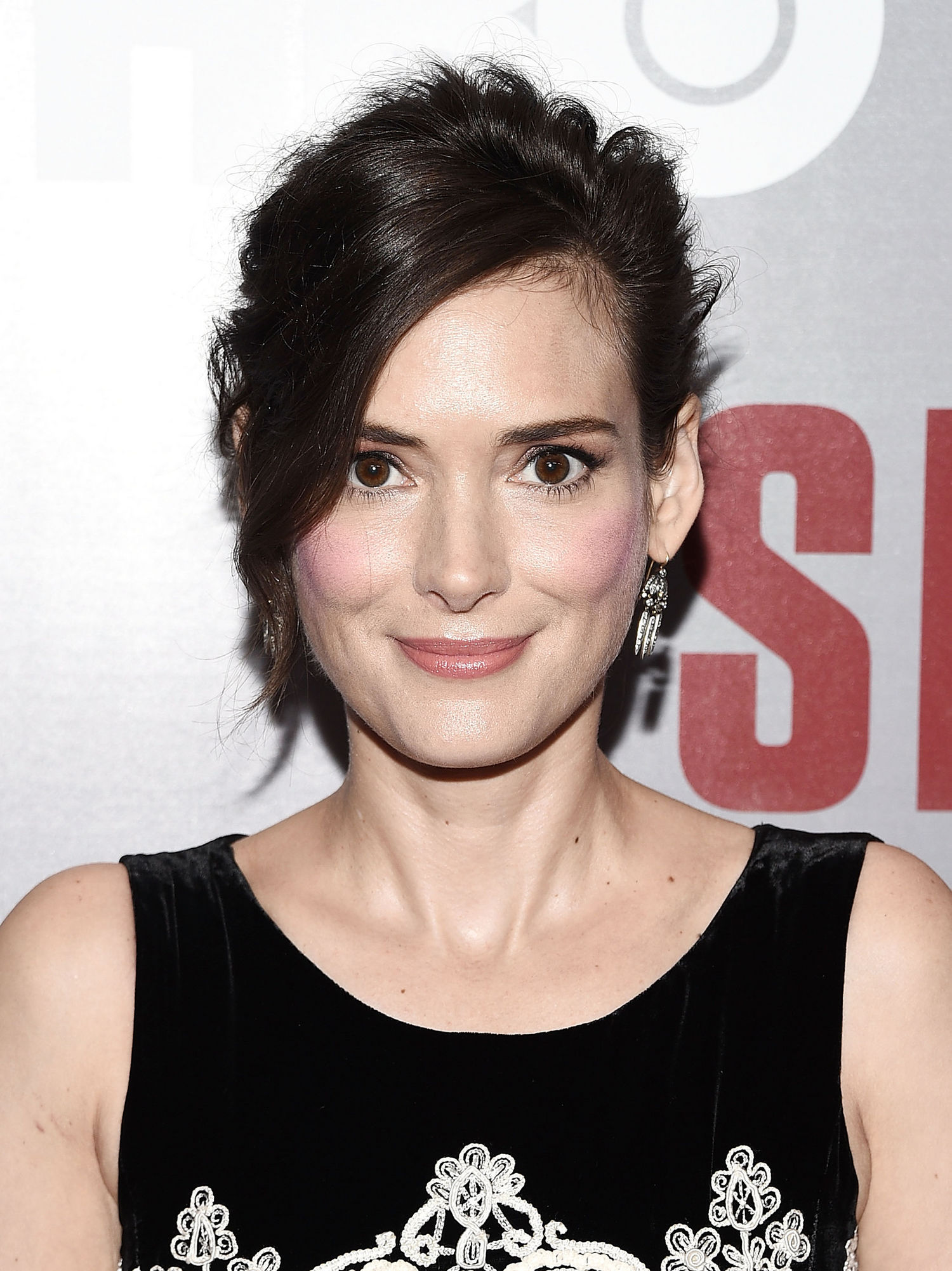 Winona Ryder Wallpaper...