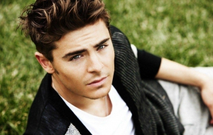 Zac Efron HD Wallpaper