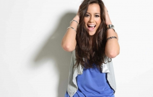 Chloe Bennet High Quality Wallpapers