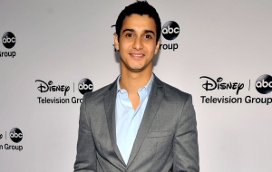 Elyes Gabel HD Wallpaper