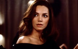 Joanne Whalley Background