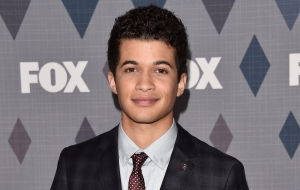 Jordan Fisher Widescreen