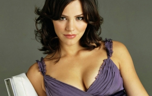 Katharine Hope McPhee High Definition Wallpapers