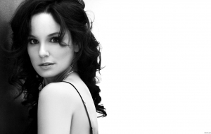 Sarah Wayne Callies Wallpapers