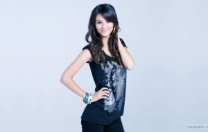 Victoria Justice Wallpapers HD