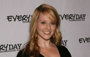 Melissa Rauch HD Wallpaper