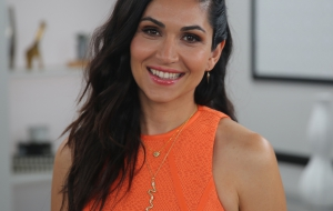 Lela Loren Photos