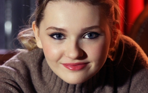 Abigail Breslin Wallpapers
