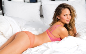 Chrissy Teigen For Desktop