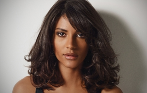 Emanuela De Paula Photos