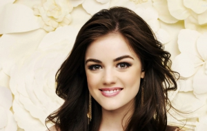 Lucy Hale Full HD