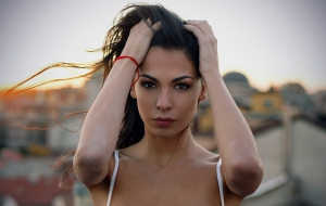 Moran Atias Full HD