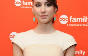 Troian Avery Bellisario Wallpapers