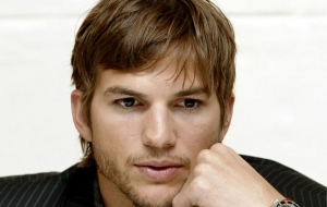 Ashton Kutcher HD Wallpaper