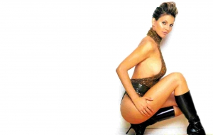 Charisma Carpenter HD Wallpaper