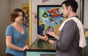 Crazy Ex Girlfriend HD Wallpaper