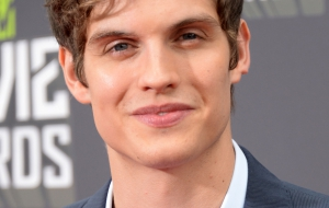 Daniel Sharman Wallpaper
