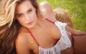 Hannah Davis Wallpapers