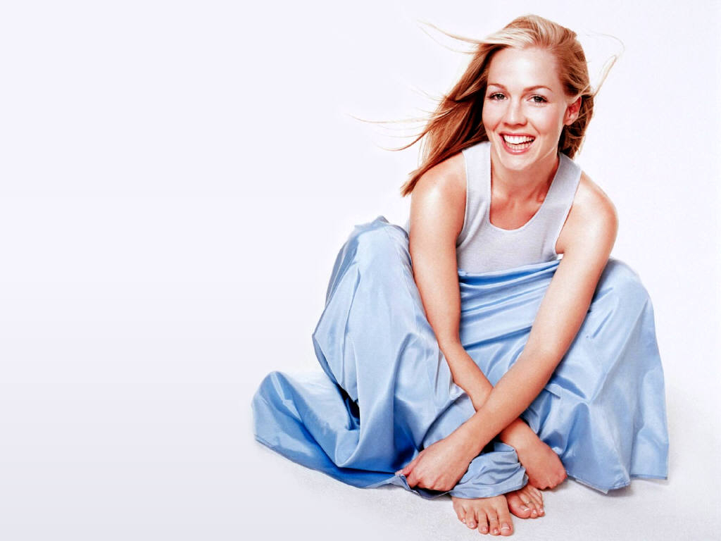 jennie garth wallpapers hd - photo #7