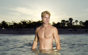 Justin Hartley Images
