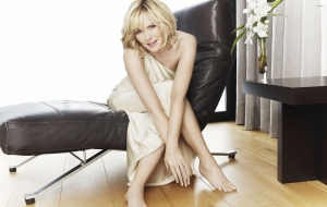 Kim Cattrall HD Background