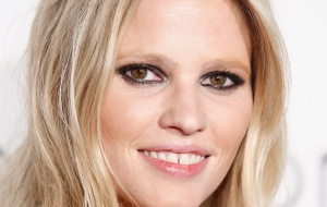 Lara Stone High Definition Wallpapers