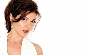 Laura Harring HD
