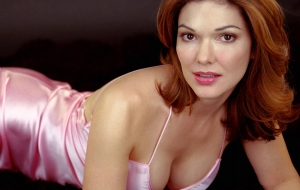 Laura Harring HD Wallpaper