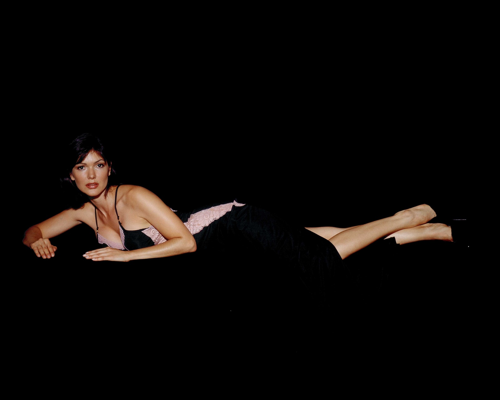 All Laura Harring wallpapers