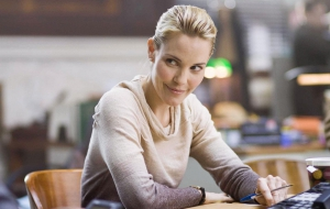 Leslie Bibb HD Background