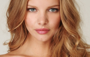 Marloes Horst Wallpaper
