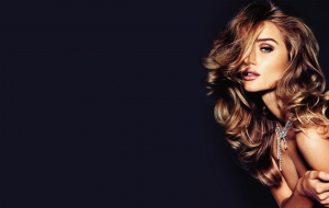 Rosie Huntington Whiteley HD Background