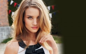 Rosie Huntington Whiteley Widescreen
