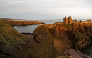 Dunnottar Castle HD Background