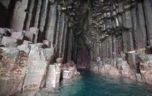 Fingals Cave Wallpaper