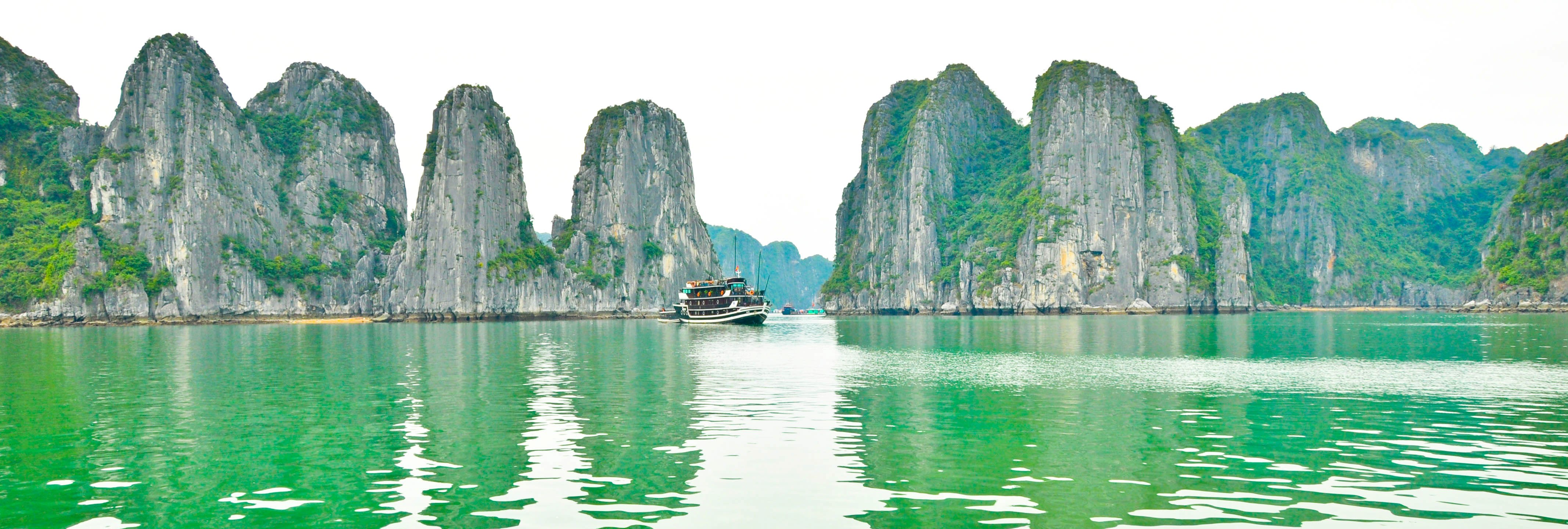 ha long bay Media in category ha long bay the following 200 files are in this category, out of 518 total (previous page) ().